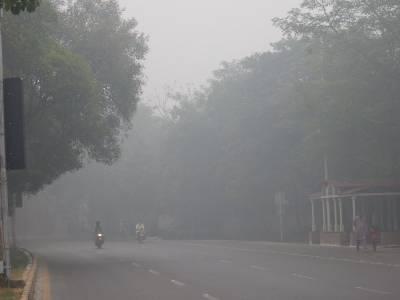 لاہورمیں سردی کی دستک، ہلکی بارش سے سموگ میں کمی