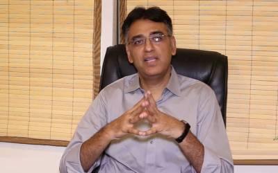 پاکستانیوں کی دبئی میں چار ہزار غیر قانونی جائیدادوں کا پتہ لگالیا: اسد عمر