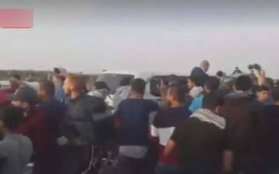 غزہ: مشتعل فلسطینی مظاہرین نے قطری سفیر کو بھگا دیا