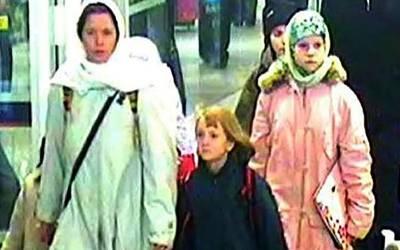 'گھر کی یہ چیز سب سے زیادہ یاد آتی ہے' داعش کے کارکن سے شادی کرنے والی برطانوی لڑکی جس کو اب شام میں گرفتار کرلیا، کیا چیز سب سے زیادہ یاد آتی ہے؟ جان کر یقین نہ آئے