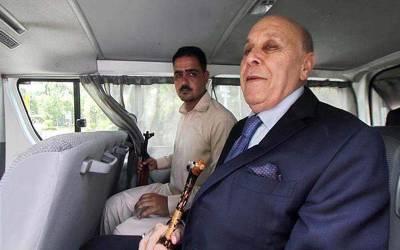 انور مجید کی بیماری ایسی ہے جو پاکستان میں ہر چوتھے آدمی کو ہوتی ہے، بینکنگ کورٹ، سربراہ اومنی گروپ کو 20 نومبر کو پیش کرنےکا حکم