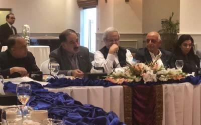 وزیراعظم عمران خان پاکستان میں آزاد ،خود مختار اور ترقی کرنے والا میڈ یا دیکھنا چاہتے ہیں ، اے پی این ایس کے اجلاس سے افتخار درانی کا خطاب
