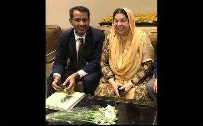 جناح ہسپتال لاہور کے معروف کنسلٹنٹ ڈاکٹر علیم نواز کو گریڈ 19میں ترقی دیدی گئی ، صفدر علی سرگانہ اور کاشف شکیل کی مبارکباد