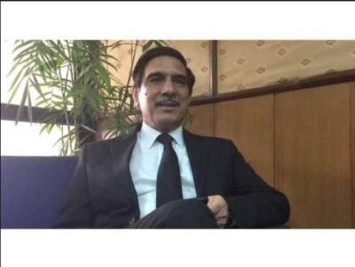 سپریم کورٹ نے نوازشریف کے وکیل خواجہ حارث کو طلب کرلیا
