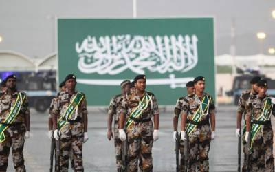 سعودی عرب نے فوج میں لڑکیوں کی بھرتی بھی شروع کر دی