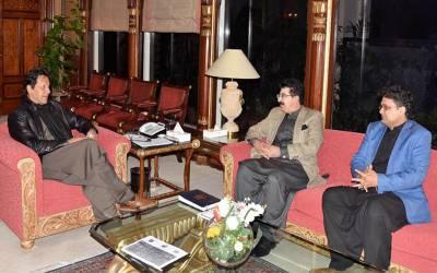 وزیر اعظم عمران خان سے چیئر مین سینیٹ صادق سنجرانی کی ملاقات