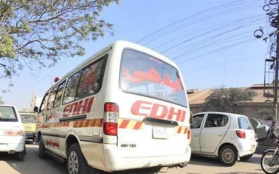 کراچی: اورنگی ٹاؤن میں سکول وین میں آگ لگنے سے متعدد بچے جھلس کر زخمی