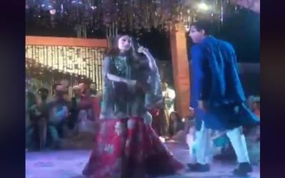 شرمیلا فاروقی کا ڈانس ، ویڈیو سوشل میڈیا پر وائرل