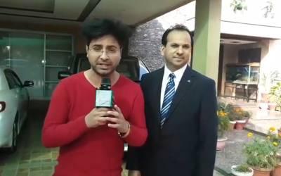 لاہور کے شہری نے گاڑی کیلئے '1' نمبر نیلامی کے دوران 11لاکھ روپے میں خرید لیا،دیگرگاڑیوں کے نمبر کیا ہیں؟ آپ بھی دیکھئے