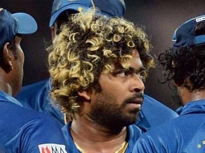 کرکٹرزبیگمات کو میدانوں سے دوررکھیں:سری لنکن وزیر کھیل