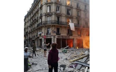 پیرس میں زور دار دھماکہ