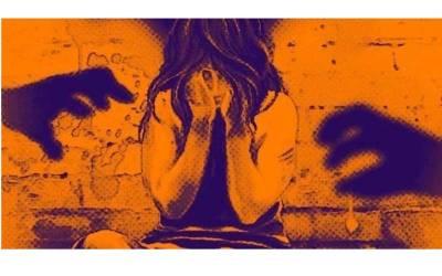عاشق نے 16 سالہ نوجوان لڑکی کو پکنک پر جانے کیلئے بلایا اور وہ اپنے ساتھ اپنی دوست کو بھی لے گئی لیکن وہ 7 روز کے بعد گھر آئی ، اس دوران ان دونوں کے ساتھ لڑکے کیا شرمناک کھیل کھیلتے رہے ؟ افسوسنا ک خبر