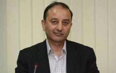 """""""کیا آپ چاہتے ہیں کہ نواز شریف کو پانچ سات سوسال کی سزا ہوجائے"""":سینیٹر مصدق ملک کا سلیم صافی کو جواب"""