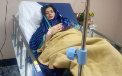 تحریک انصاف کی سینئر خاتون رہنما ملک کنزا اقتدار کا پشاور کے نجی ہسپتال میں کامیاب آپریشن