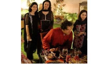 گل بخاری نے وزیراعظم عمران خان کی ایسی ذاتی تصویر ٹویٹ کر دی کہ پاکستانیوں کو غصہ آ گیا