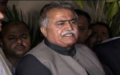 مولابخش چانڈیو کا علیم خان کیس میں وزیراعظم کو شریک ملزم بنا کر شامل تفتیش کرنےکا مطالبہ
