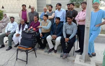 ینگ ڈاکٹرز نے سندھ بھر میں بدھ سے مکمل ہڑتال کا اعلان کردیا