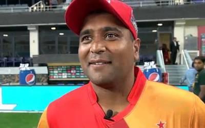"""""""میں کراچی میں کھیلنے کیلئے بڑا بیتاب ہوں"""" وہ غیر ملکی کھلاڑی جس نے پاکستانیوں کے دلوں کو 'مفت' کا مال سمجھ لیا، جب چاہے لوٹ لیتا ہے"""