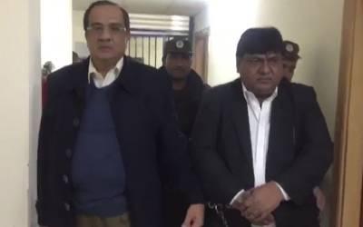 ملک کے سب سے بڑے ایڈورٹائزر انعام اکبر کی رہائی کے لئے سینیئر صحافیوں نے حکومت سے بڑا مطالبہ کر دیا
