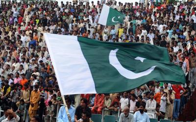 پاکستانیوں نے جذبہ حب الوطنی میں بھارت کو پیچھے چھوڑ دیا، کتنے فیصد پاکستانی ملک پر جان نثار کرنے کیلئے تیار ہیں؟ آپ بھی جانئے