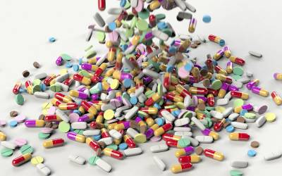 میڈیسن مافیا نے وزیر اعظم کے احکامات بھی ہوا میں اڑا دیئے، ادویات کی قیمتیں کم نہ ہو سکیں