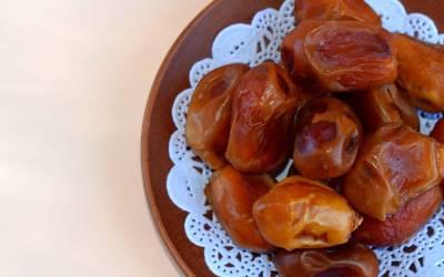 روزانہ 2 کھجوریں کھانے سے جسم میں کیا تبدیلی آتی ہے؟ رمضان المبارک کی آمد سے پہلے آپ بھی جان لیں