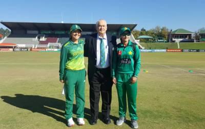 دوسرا ون ڈے، جنوبی افریقہ ویمن ٹیم کا پاکستان کیخلاف ٹاس جیت کر باﺅلنگ کا فیصلہ