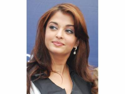 وہ پاکستانی اداکارہ جسے ایشوریا رائے کی جگہ پر کردار کی پیشکش ہوئی لیکن ۔ ۔ ۔ تہلکہ خیز دعویٰ سامنے آگیا