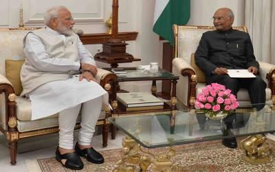بھارتی وزیر اعظم نریندر مودی کابینہ سمیت مستعفی ہوگئے