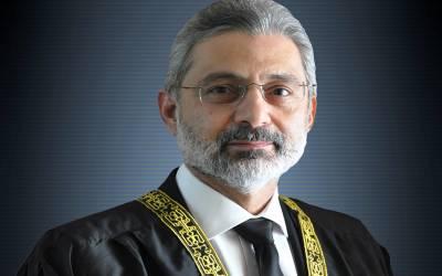 حکومت نے مستقبل کے چیف جسٹس آف پاکستان کے خلاف سپریم جوڈیشل کونسل میں ریفرنس دائر کردیا