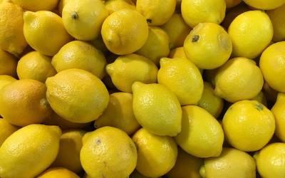 لیموں کے ذریعے سر کے بال اگانے کا قدرتی نسخہ