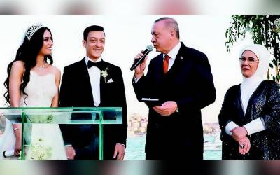 جرمن فٹ بالر نے مس ترکی کو اپنی دلہن بنا لیا، ترک صدر کی بھی شرکت