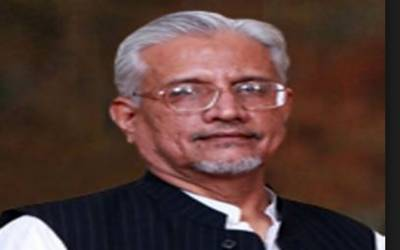 کیا نعیم الحق نے ٹوئٹ وزیر اعظم عمران خان کی مرضی سے کیا ؟سابق سیکرٹری خزانہ کا دلچسپ تبصرہ
