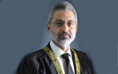 ججز کے خلاف ریفرنس کے معاملے پر وکلا ء دو دھڑوں میں تقسیم