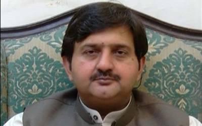 ملک احمد خان نے چیئر مین نیب کے حوالے سے تہلکہ خیز دعویٰ کردیا
