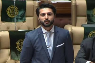 مشیر کھیل سندھ سردار محمد بخش مہر نے اپنے عہدے سے استعفیٰ دیدیا