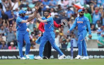 ورلڈکپ میچ، بھارت نے یکطرفہ مقابلے کے بعد پاکستان کو عبرتناک شکست سے دوچار کردیا
