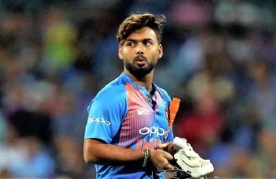 شیکھر دھون کی جگہ کس کھلاڑی کو بھارتی ٹیم کا حصہ بنانے کا فیصلہ کیا گیا ہے؟ جان کر باﺅلرز بھی گھبرا جائیں