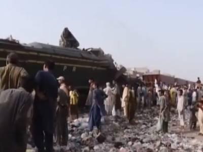 حیدر آباد ٹرین حادثہ ،جنا ح ایکسپریس کے انجن میں ڈرائیور کے علاوہ اور کون موجود تھا اور وہ کیا کر رہے تھے ؟چیف ایگزیکٹو آفیسر ریلوے کا تہلکہ خیز انکشاف
