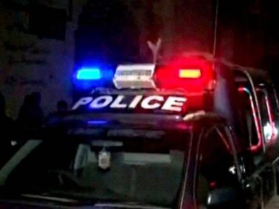 نوشہرہ ،نظام پو ر قمرمیلا میں اشتہاریوں اور پولیس کے درمیان مقابلہ،دو پولیس کانسٹیبل شہید، ایس ایچ او سمیت پانچ اہلکار شدید زخمی