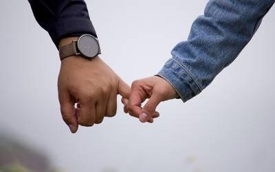 باقاعدگی سے ازدواجی فرائض کی ادائیگی کرنے والے لوگ کس سنگین بیماری سے محفوظ رہتے ہیں؟ سائنسدانوں نے بڑا انکشاف کردیا