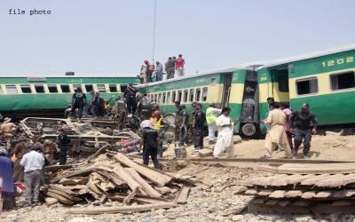 صادق آباد ٹرین حادثہ ،جاں بحق افراد کی تعداد 21ہوگئی ،متعدد زخمی