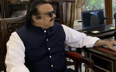 عمران خان کے سب سے قریبی ساتھی نعیم الحق 70 سال کے ہوگئے، سدا جوان رہنے کا ایسا نسخہ بتادیا کہ آپ بھی ہنس دیں