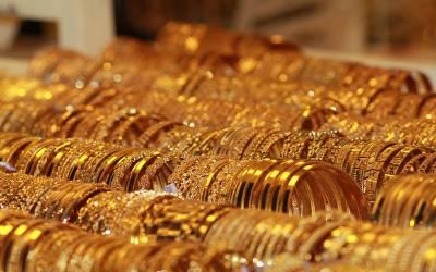 81 ہزار روپے فی تولہ کی بلند ترین سطح کی تاریخ ہوئی پرانی، اب سونا کتنا مہنگا ہوگیا؟ جان کر ہر کوئی سر پکڑ لے