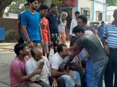 انتہا پسند ہندو جنو نیوں نے گائے چوری کا الزام لگا کر 3 مسلمانوں کو قتل کر دیا