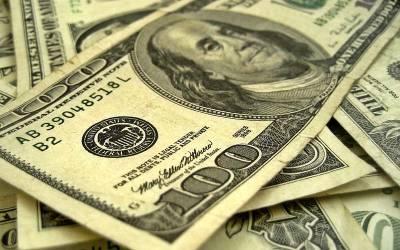 ڈالر مزید سستا ہو گیا , سٹاک مارکیٹ میں شدید مندی