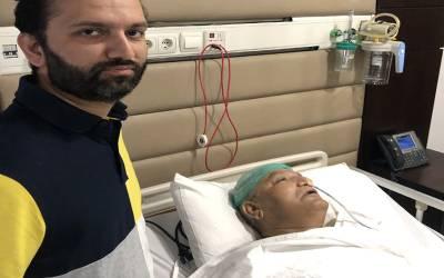 مسلم لیگ ن کے سینیٹر مشاہد اللہ خان ہسپتال میں داخل، کس چیز کی سرجری کی گئی؟ بیٹے نے تصاویر جاری کردیں