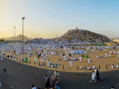 لبیک اللھم لیبک، لاکھوں فرزندان توحید کا مزدلفہ میں قیام،آج نماز فجر کے بعد منی روانگی