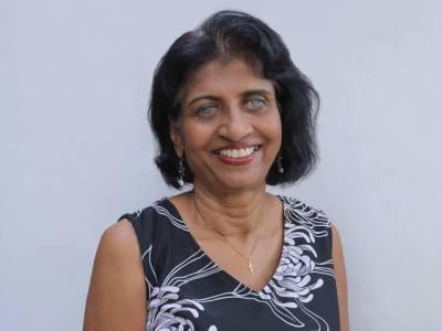 سنگاپور کی 61سالہ نابینا خاتون نے ماؤنٹ ایورسٹ سر کرنے کی ٹھان لی