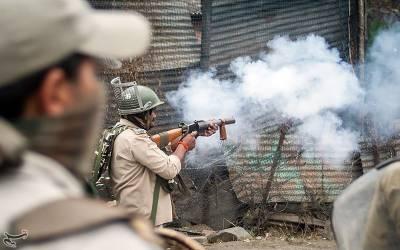 15 اگست کی رات بھارت کی سکیورٹی فورسز کے کشمیریوں کے گھروں پر چھاپے، سینکڑوں خواتین کے ساتھ دست درازی: رپورٹ